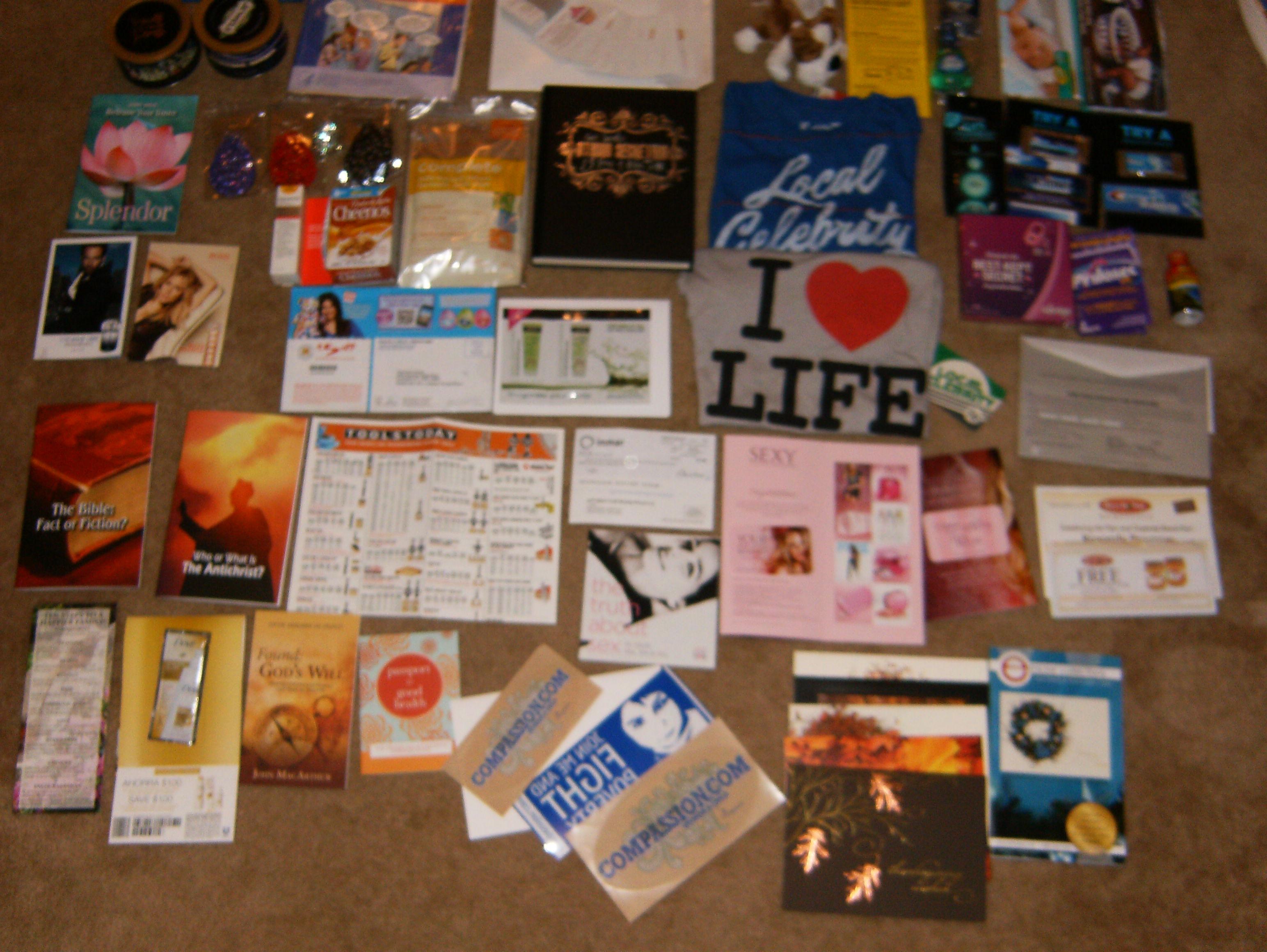 Mailbox coupon mailers